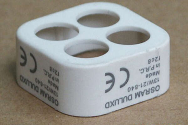 Máy marking mark trên nhựa