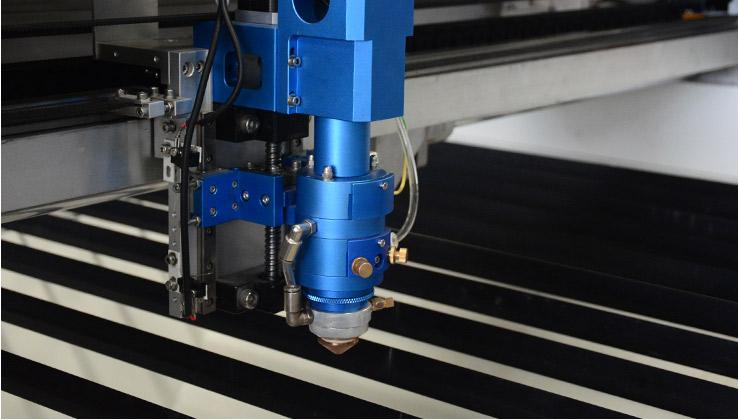Đầu cắt laser dành cho kim loại và phi kim loại