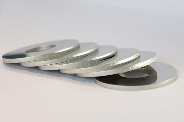 découpe laser sur l'acier inoxydable