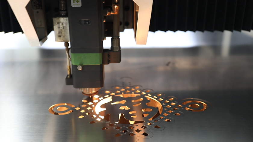 thin plate laser cutting