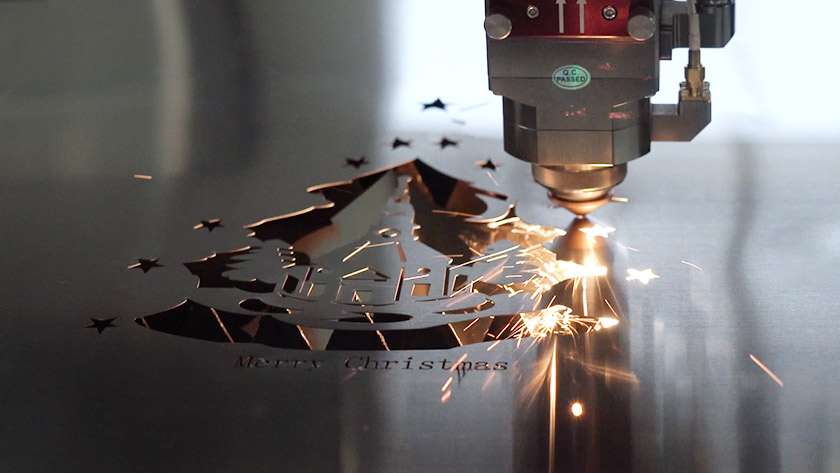 Laser cutting process in Christmas