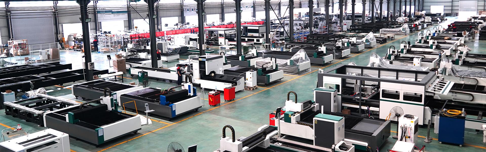 fiber laser cutting machine workshop