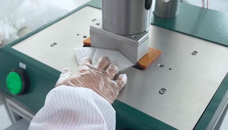 KN95 semi-automatic edge banding machine